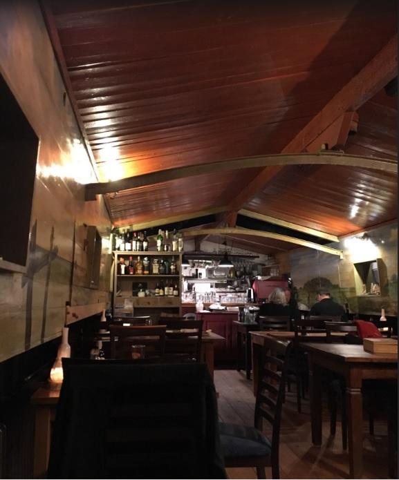 Restaurantschip 't Appeltje In Pieterburen