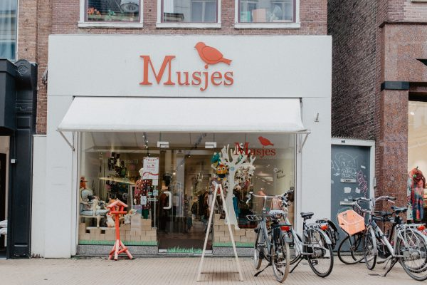 Musjes | Kinderwinkel & Café